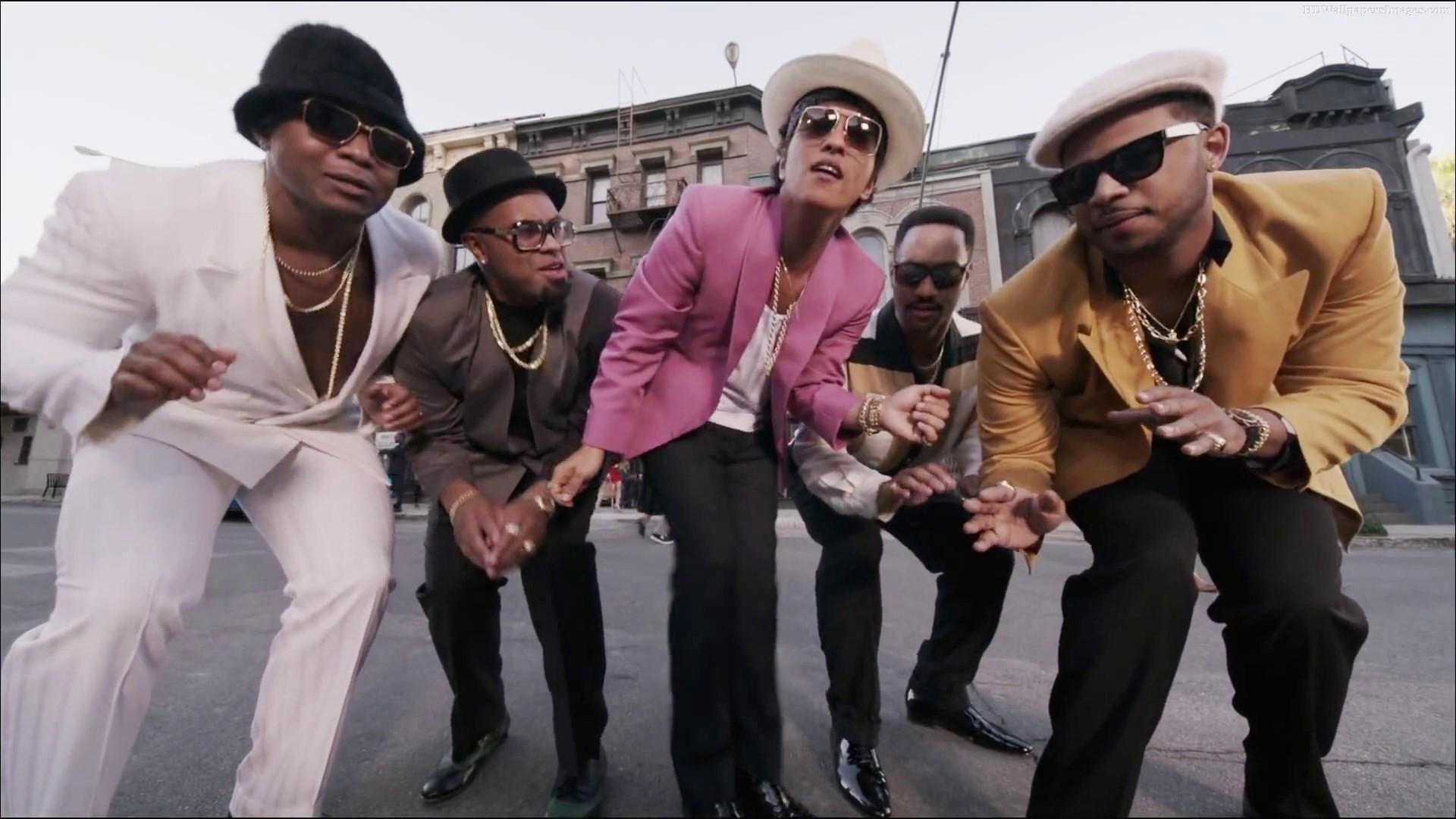 """[상길TV]뮤직 - 마크 론슨의 """"Uptown Funk(ft.Bruno Mars)"""" 텍스트 뮤직비디오 ..."""