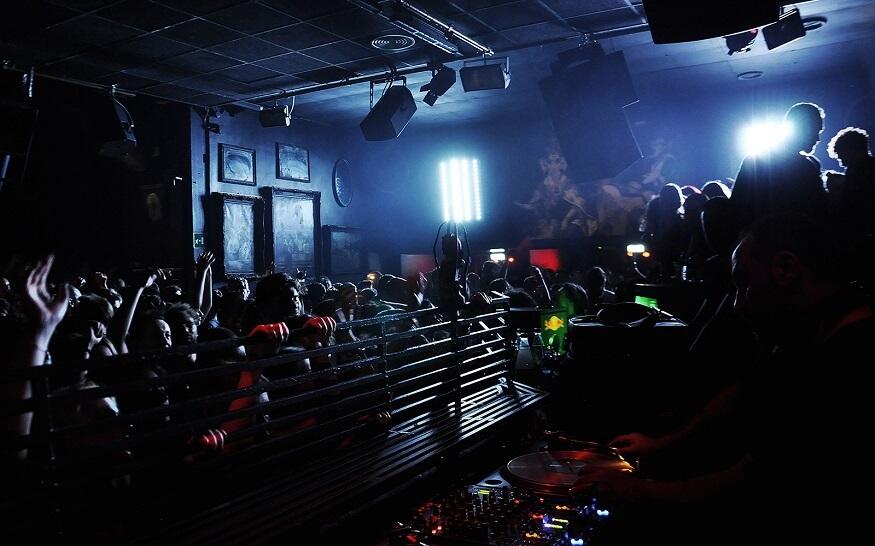 NYE-clubbing-in-Rome