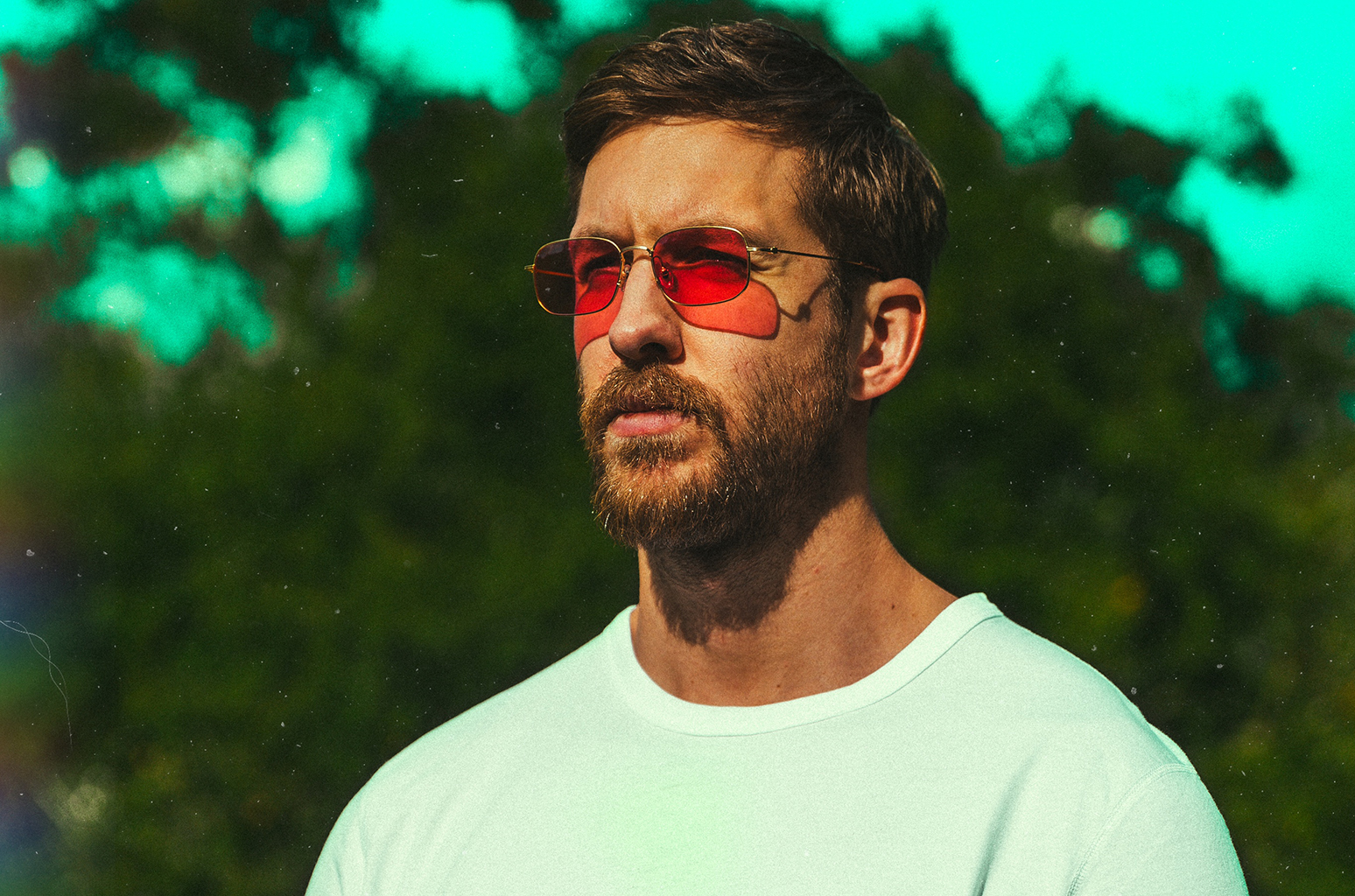 calvin-harris-2017-press-billboard-1548