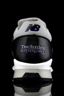 Technics SL-1200   New Balance. 5