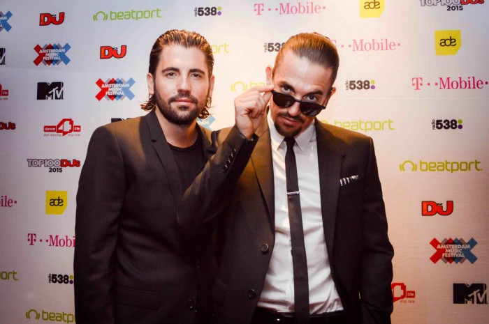 TOP100DJSPOLL2015.DIMITRIVEGAS&LIKEMIKE.(PIC-ALLY BYERS)
